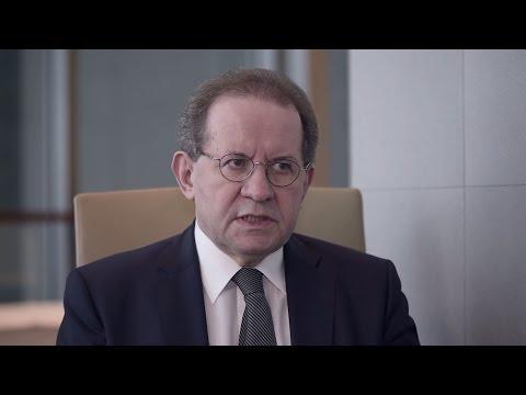 Vítor Constâncio interview: The Financial Stability Review November 2016