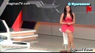 Aline Arnot - Sexy Legs