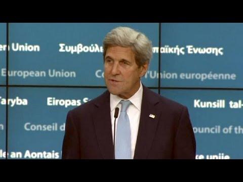 Kerry : 'Demokrasi NATO'nun bir gereksinimi'