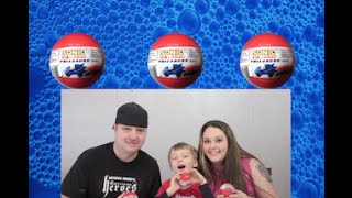 Sonic the Hedgehog Pullback Blind Ball opening | Mommy and Daddy Reminisce about their Childhood