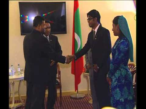 Sri Lankan Minister of Industry and Commerce pays courtesy call on the President