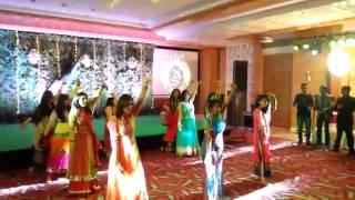 Chittiyaan Kalaiyaan - Roy ! Real Indian Wedding Dance 2015