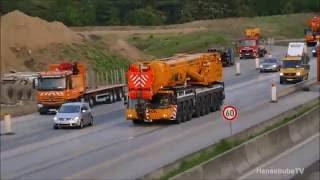 Knaack Krane LTM 1500-8.1 und Ballasttieflader auf dem Weg zur Baustelle