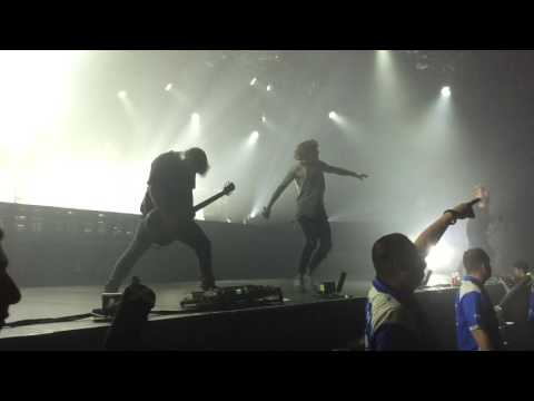 The Sadness Will Never End Ft. Sam Carter - Bring Me The Horizon - 18/09/2016 - Sydney