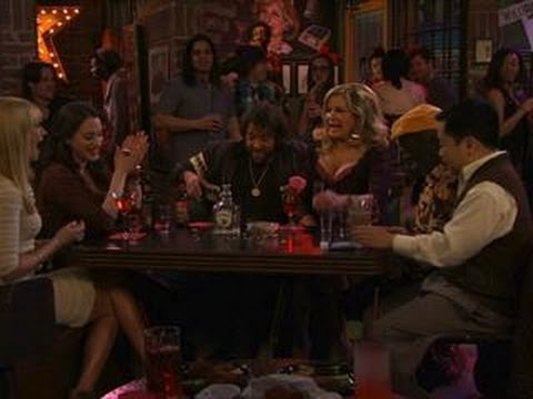 2 Broke Girls - 90's Trivia Night