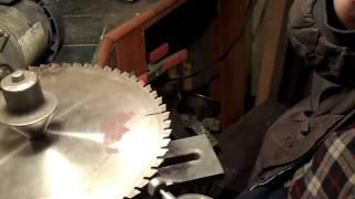 Sharpening carbide tipped circular saw blades