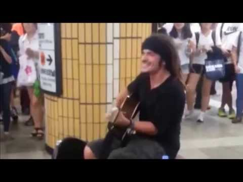 140703 Foreigner (Anncod) singing g.o.d's 'One Candle' @ Seoul National University Station