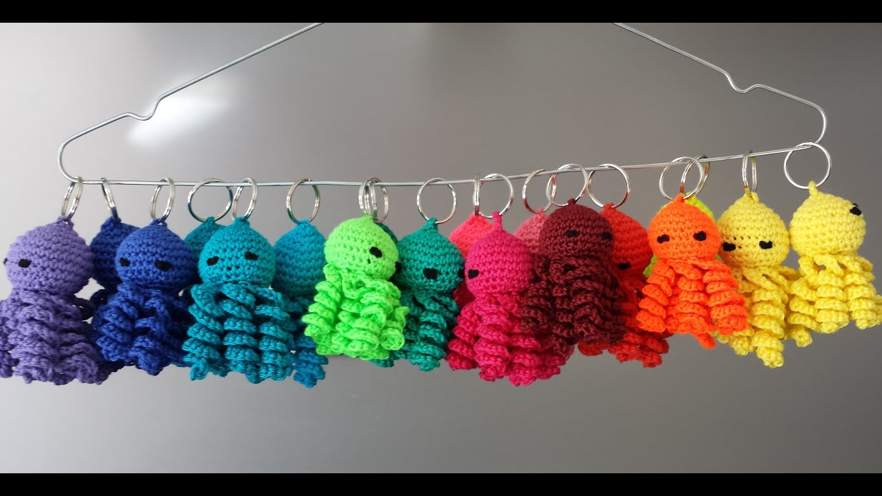 How To Crochet An Octopus Keychain Hoe Haak Je Een Sleutelhanger