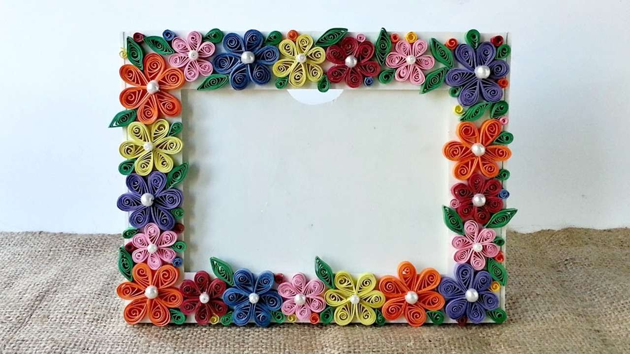 How to create a colorful floral photo frame diy crafts for How to make a paper design