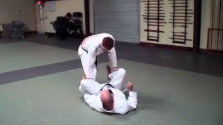 Jonathan Thomas Teaches a Guard Pass