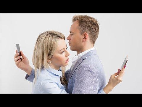 How Smartphones Hurt Relationships