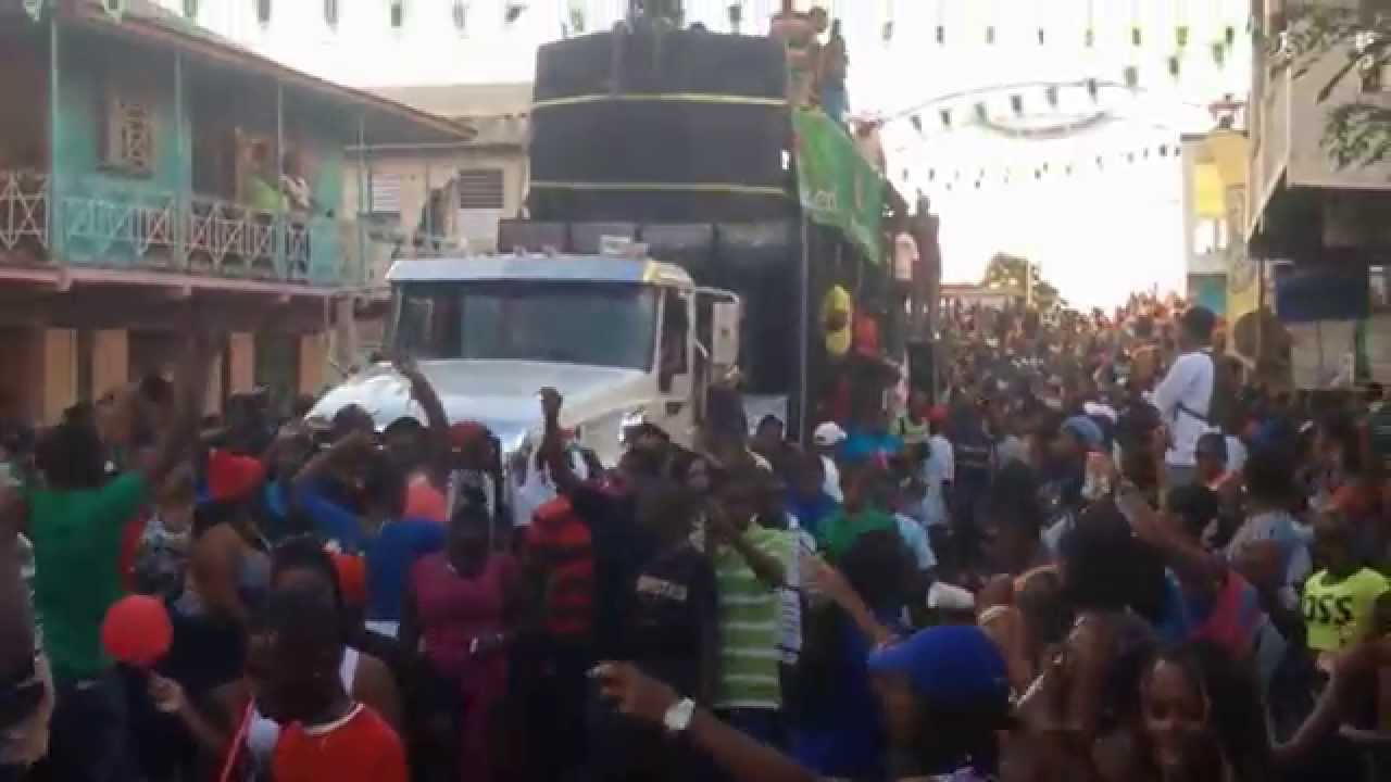 Dominica Carnival 2015: Costume Street Parade Photos ... |Dominica Carnival 2015
