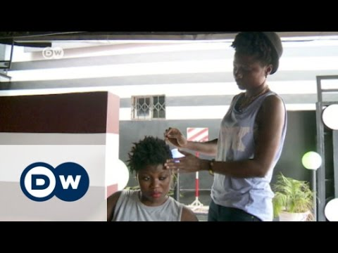 Ivory Coast: Making natural hair a trend | Africa on the Move thumbnail