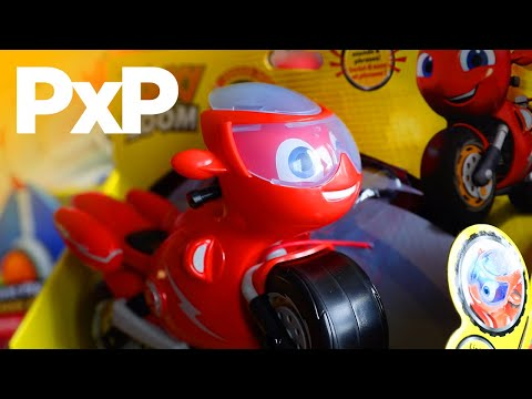 Go on adventures in Wheelford with TOMY's Ricky Zoom toys! | A Toy Insider Play by Play