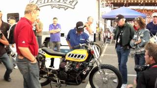 Repeat youtube video Kenny Roberts and the Indy Mile (2009)