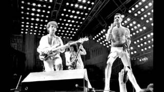 14. Is This The World We Created? (Queen-Rock In Rio: 1/12/1985)