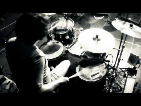 """Nate57 """"Nie Stille"""" (Freetrack) Album VÖ 25.03.16 prod. by Geefuturistic - RATTOS LOCOS RECORDS von YouTube · Dauer:  3 Minuten 10 Sekunden"""