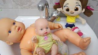Niloya Oyuncak Bebeklerini Banyo Yaptırıyor Niloya Yeni Bölüm Çizgi Fİlm