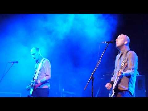 Alkaline Trio : Goodbye Forever + Emma @ Manchester Academy 05/05/2012