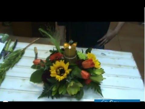 Cmo hacer un centro de mesa floral youtube cmo hacer un centro de mesa floral thecheapjerseys Image collections