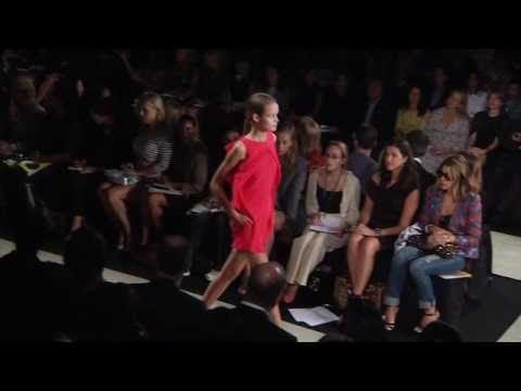 Add Clander Fashion Week