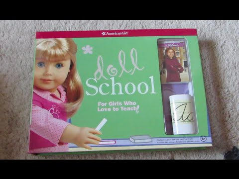 What's Inside The American Girl Doll School Kit!