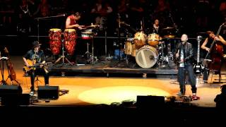 Carlos Santana, Los Invisibles & Cindy Blackman Santana [Africa Bamba] @ Bridge School Benefit 2011