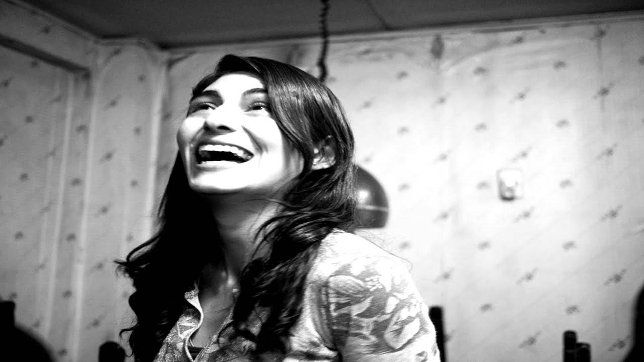 Crazy Woman Laugh Sound Effect