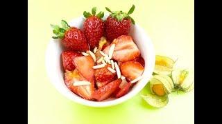 Салат из клубники | Клубничный десерт | Рецепт с клубникой и имбирными цукатами
