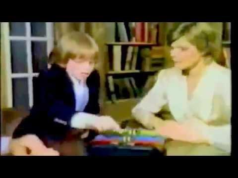 Milton Bradley - Simon & Super Simon (feat. Vincent Price) (1980)