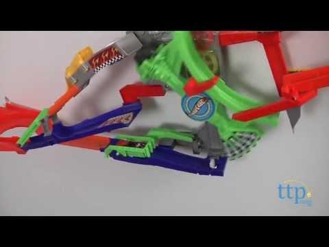 Hot Wheels Wall Tracks Roto-Arm Revolution from Mattel - YouTube