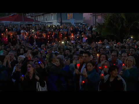 Candlelight vigil remembers victims of California mudslides