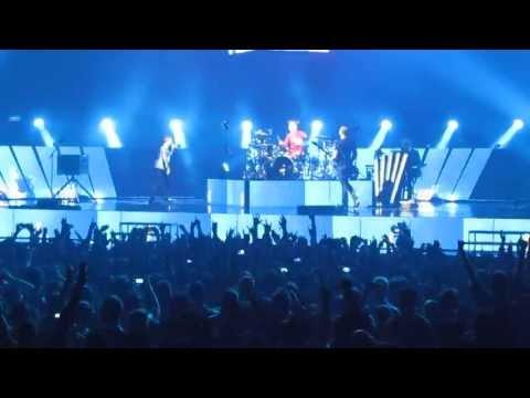 Muse - Uprising - Live @ IZOD Center, New Jersey 2013