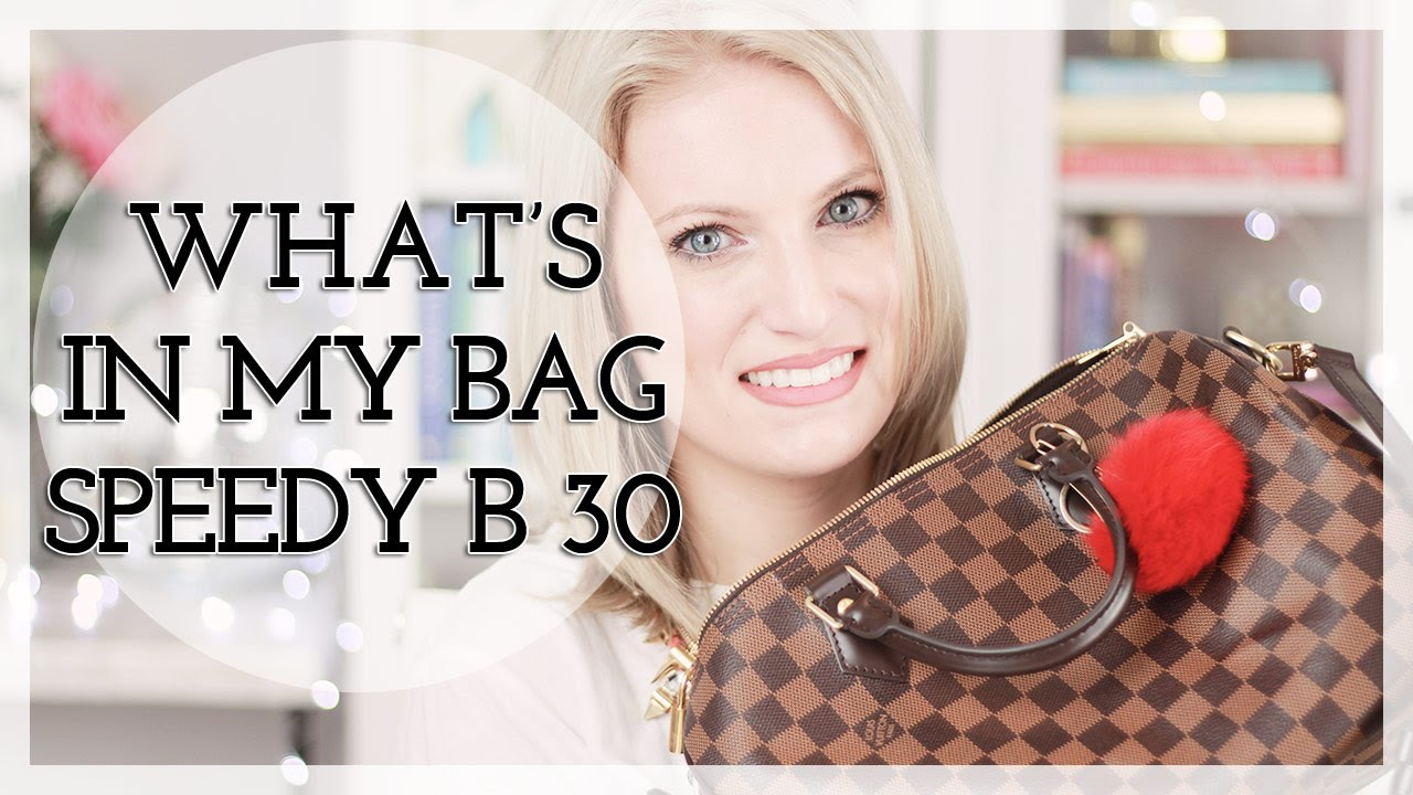 3843e1cea What s In My Bag