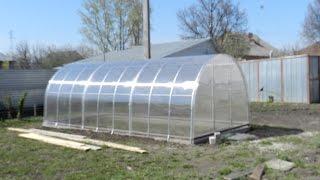 видео Фундамент для теплицы из поликарбоната