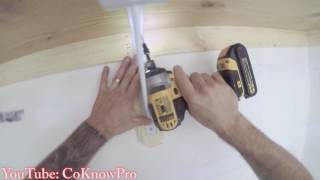 Het Opbouwen en Installeren van een Aangepaste Kast Plank en Paal door CoKnowPro (YouTube)