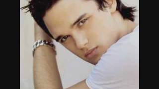 Watch Gareth Gates Forever Blue video