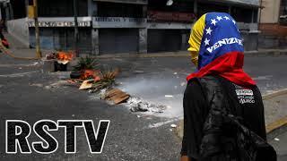 Venezolanos Queman Barricadas en protesta a los Cortes de Luz.