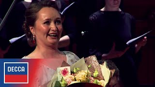 Julia Lezhneva sings Mozart s  Laudate dominum  in Moscow, 2018