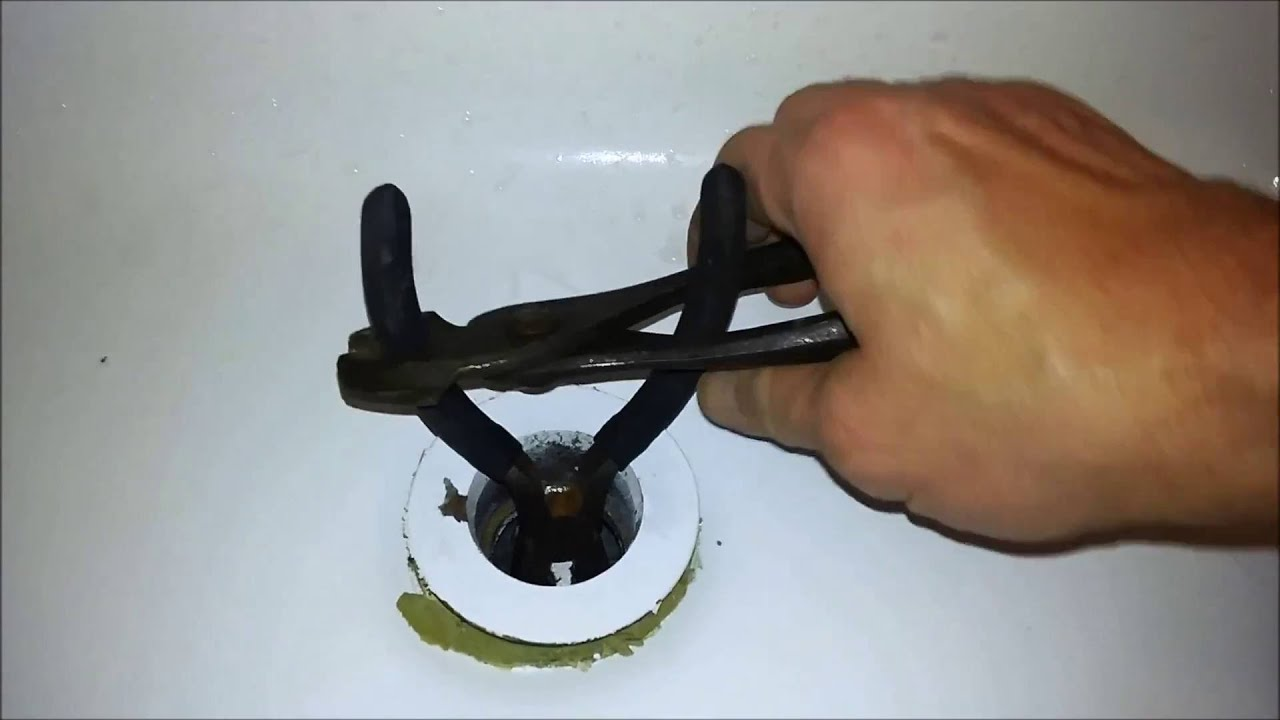 Tub Drain Removal without a Special Tool - YouTube