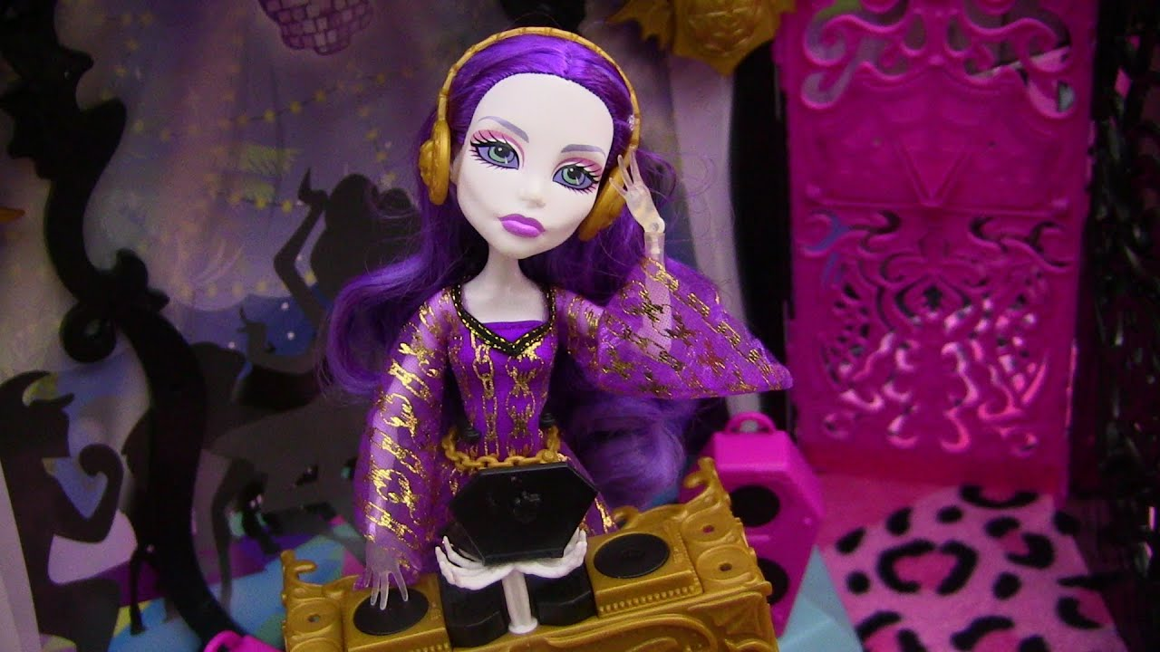 Uncategorized Spectra From Monster High monster high 13 wishes spectra vondergeist party lounge playset review video d youtube