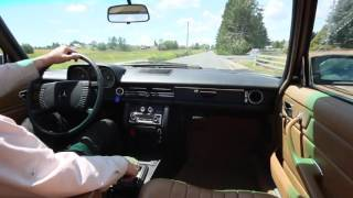 1976 Mercedes W115 240D Road Test:  Why Does it Handle Sooooo Well?