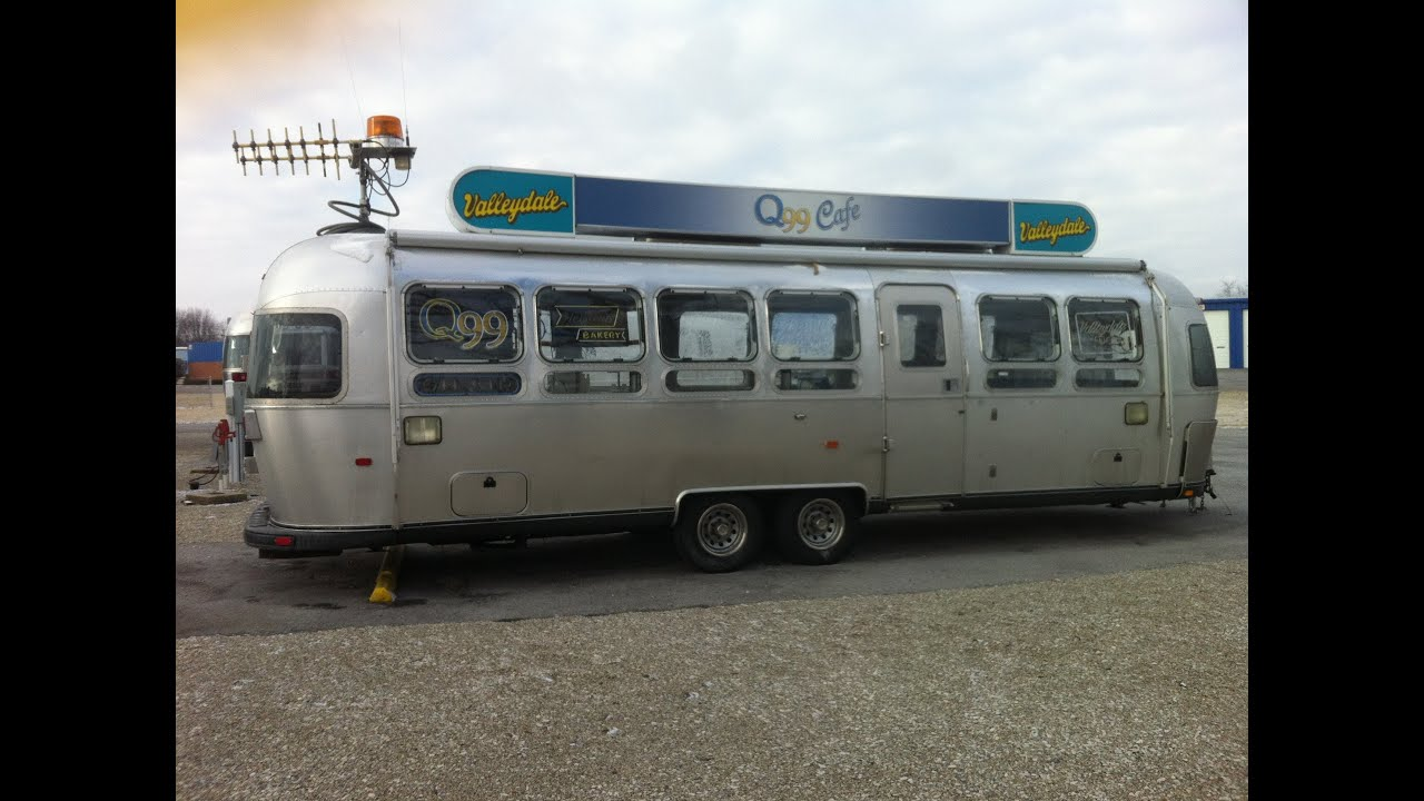 Airstream diner trailer - YouTube