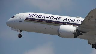 Singapore Airlines Boeing 787-10 Dreamliner Take Off At Bali Int'l Airport (WADD)