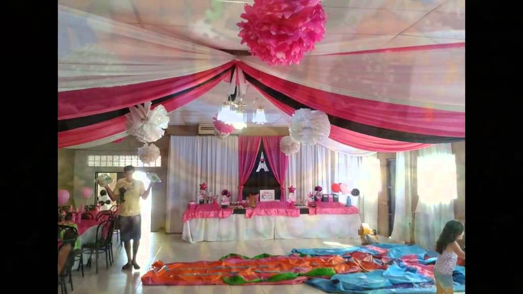 Decoracion en telas y globos youtube for Arreglos de salon con globos
