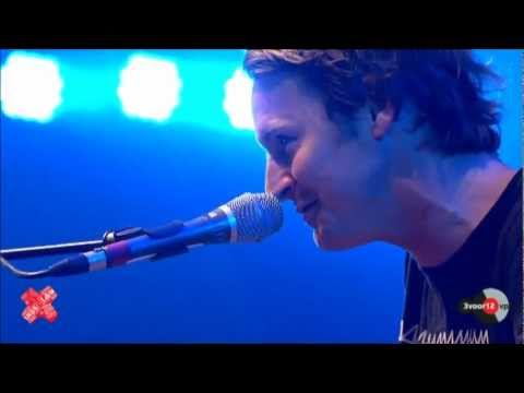 Ben Howard Depth over Distance live @ Lowlands 2012