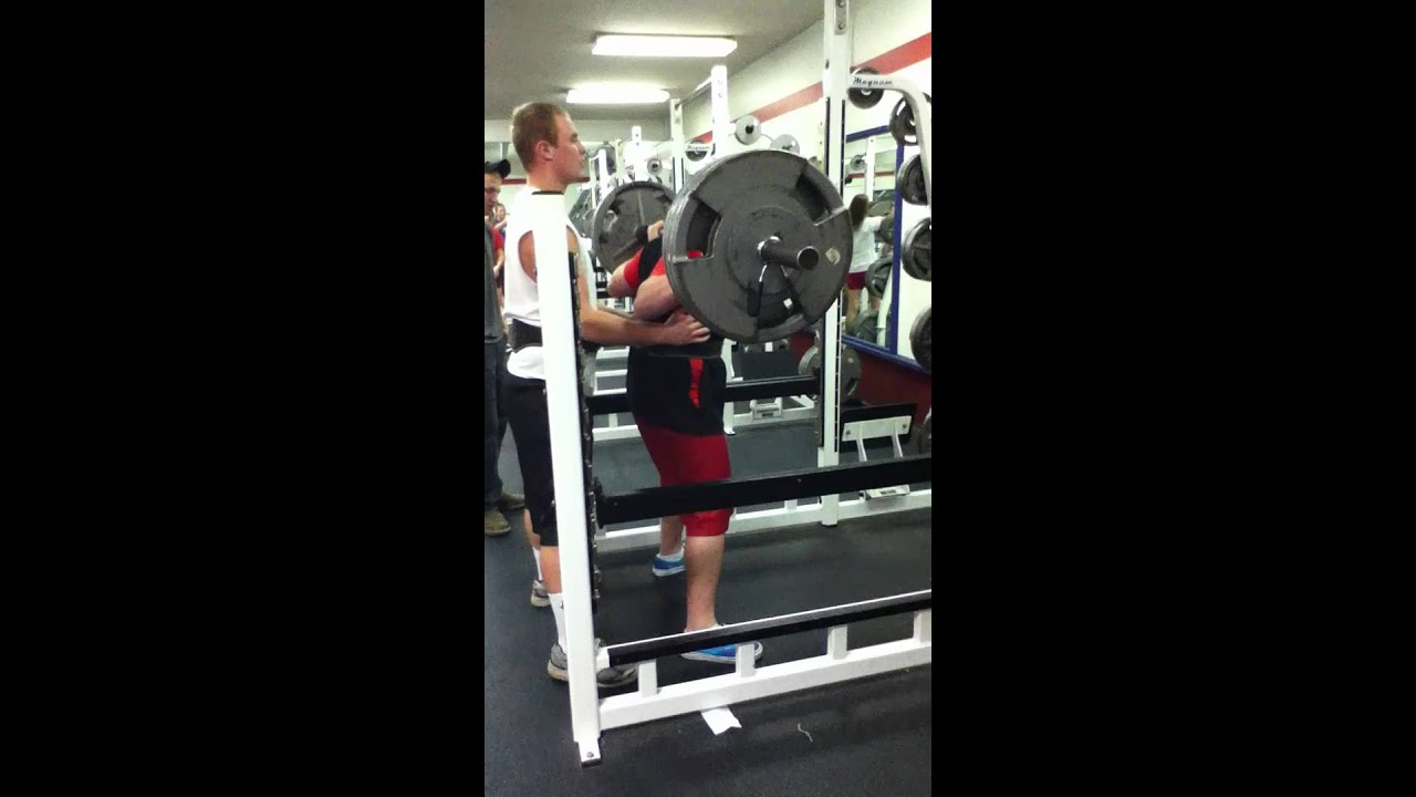 14 Year Old Squatting 325 Pounds At The Lebanon Oregon High School
