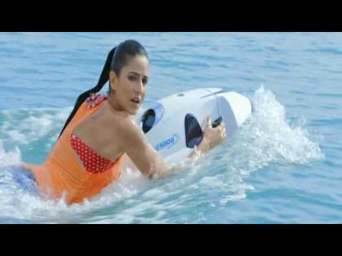 Fly Board Scene | Bang Bang 2014 | Hrithik...