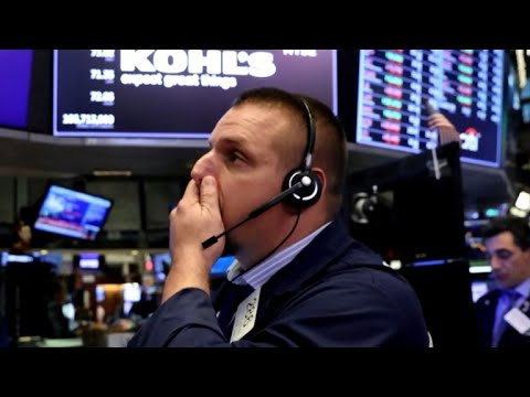 Dow drops more than 800 points over interest rate concerns