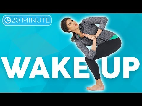 10 minute Uplifting Yoga Flow 💙 MOVE with Intention   Sarah